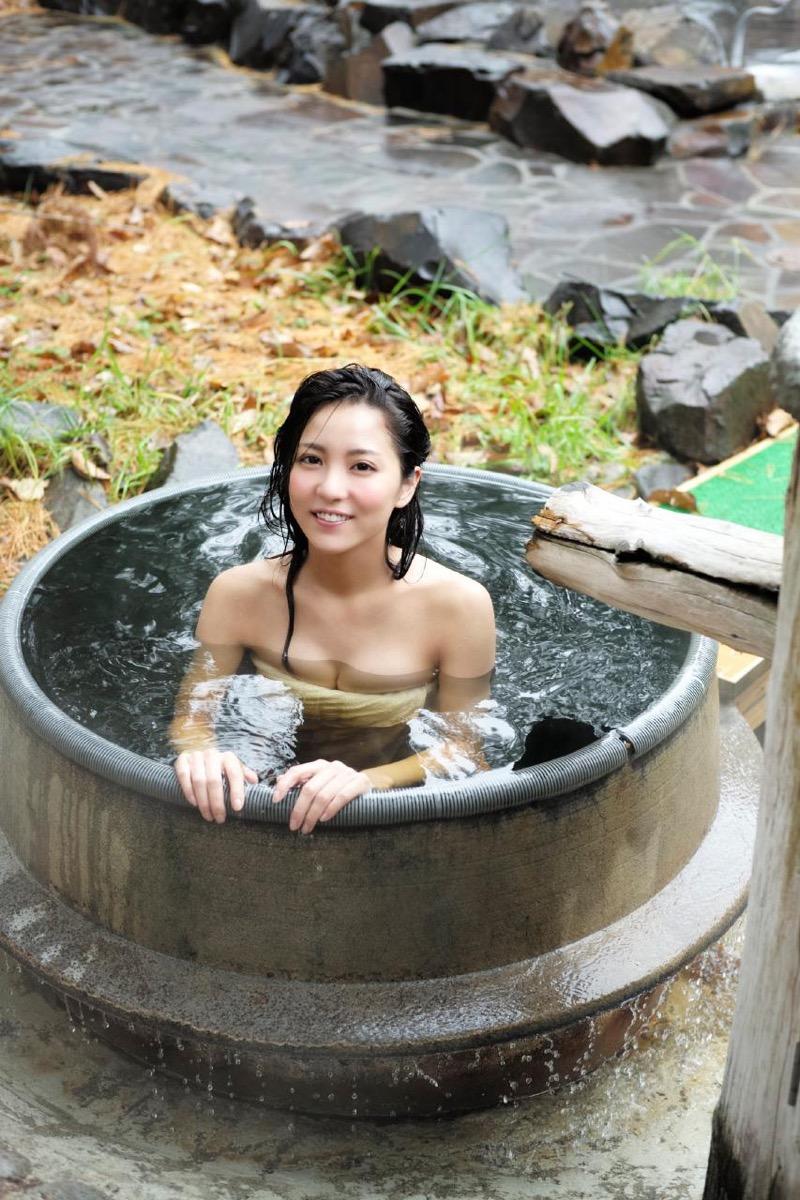 【石川恋グラビア画像】ファッションモデルとは思えない高露出写真を披露するセクシー美女 44