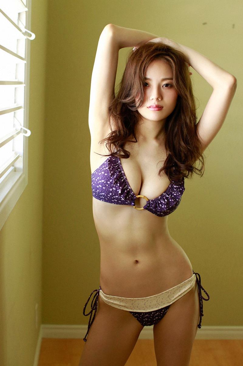 【伊東紗冶子グラビア画像】西川貴教との熱愛報道が原因で実家に連れ戻されたグラビアアイドル 37