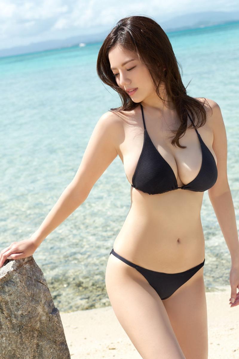 【伊東紗冶子グラビア画像】西川貴教との熱愛報道が原因で実家に連れ戻されたグラビアアイドル 50