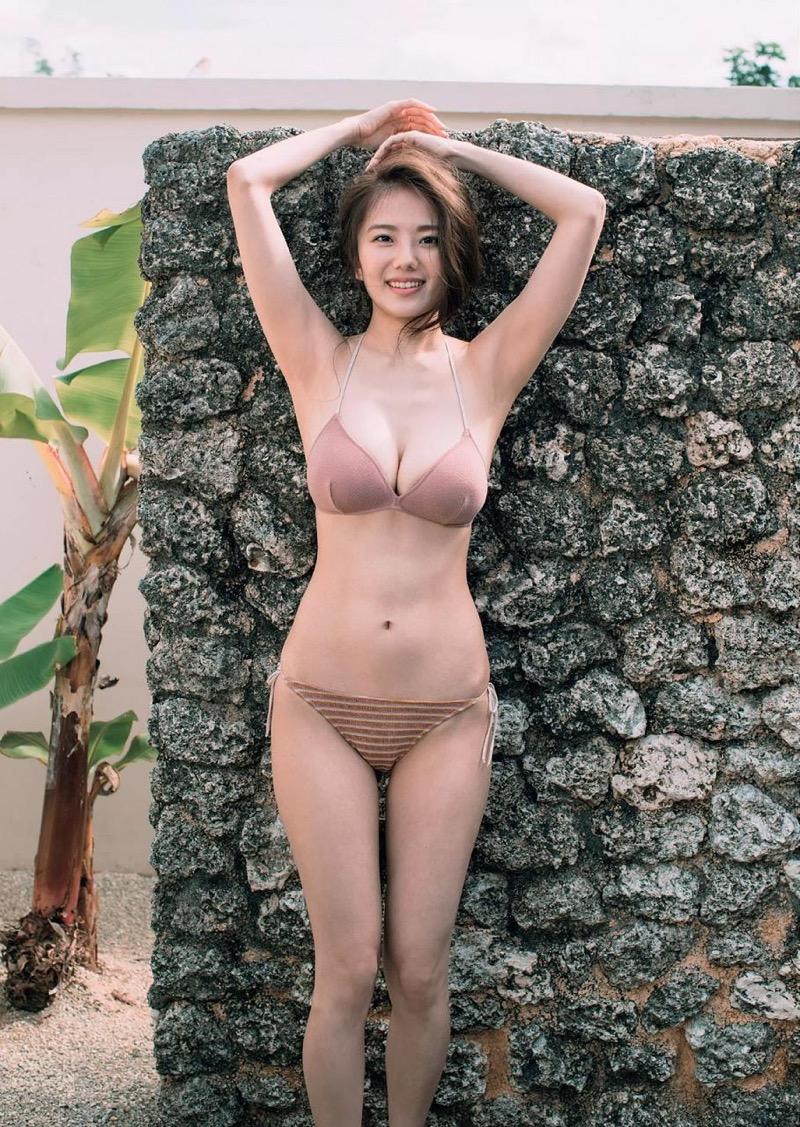 【伊東紗冶子グラビア画像】西川貴教との熱愛報道が原因で実家に連れ戻されたグラビアアイドル 70