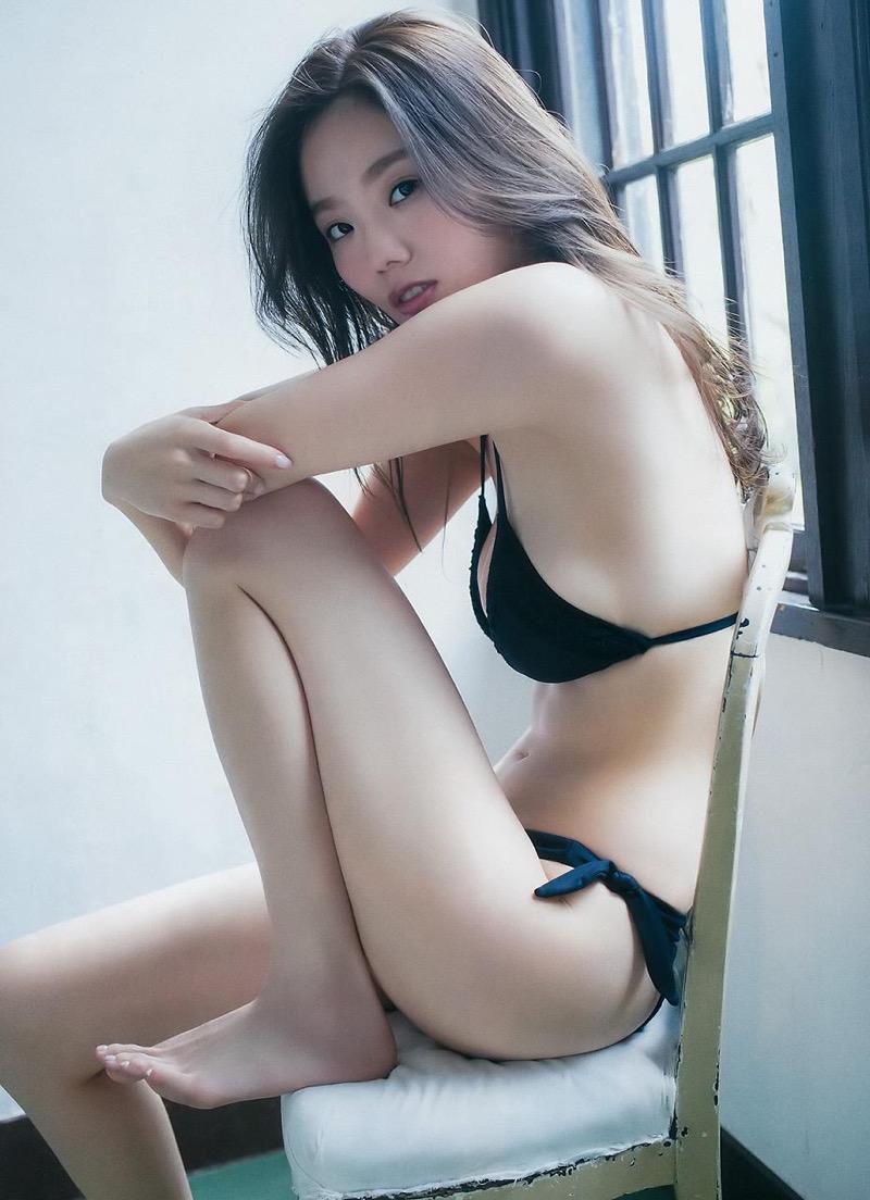 【伊東紗冶子グラビア画像】西川貴教との熱愛報道が原因で実家に連れ戻されたグラビアアイドル 72