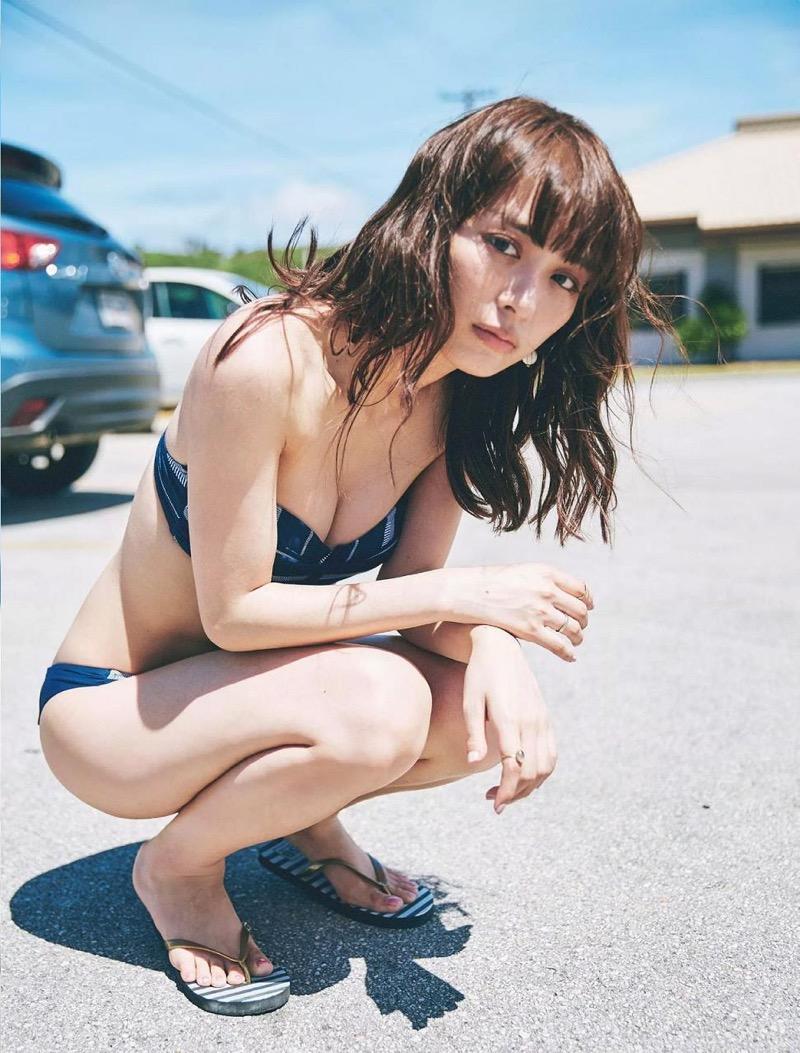 【内田理央グラビア画像】スレンダーボディに小ぶりなオッパイが可愛らしいグラビアアイドル 56