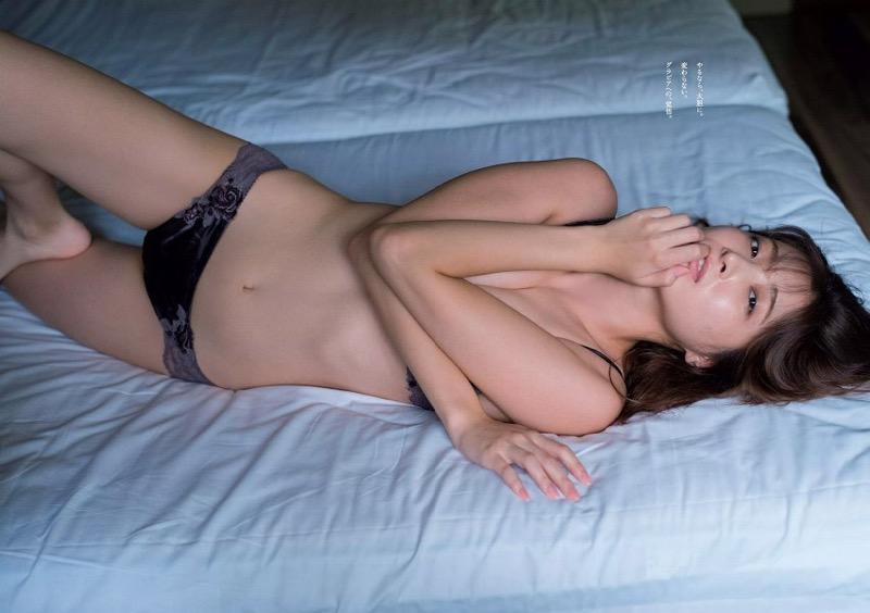 【大石絵理グラビア画像】バイセクシャル発言で話題になったファッションモデルのセクシー写真