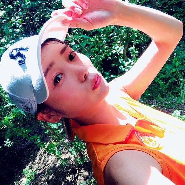 【白石あさえエロ画像】Gカップ巨乳を揺らしてゴルフしてそうなお姉さんと一緒にラウンドしたい! 15