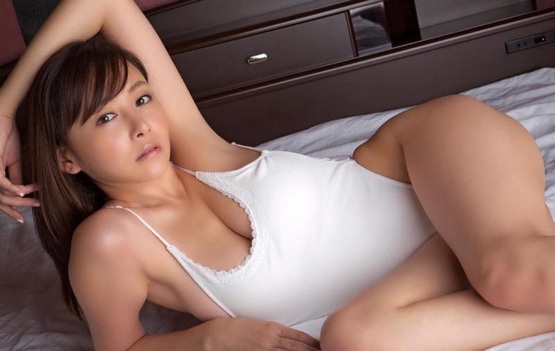 【杉原杏璃グラビア画像】美熟女グラドルが気になる部分の改善にこんにゃくを使っているとかw 71