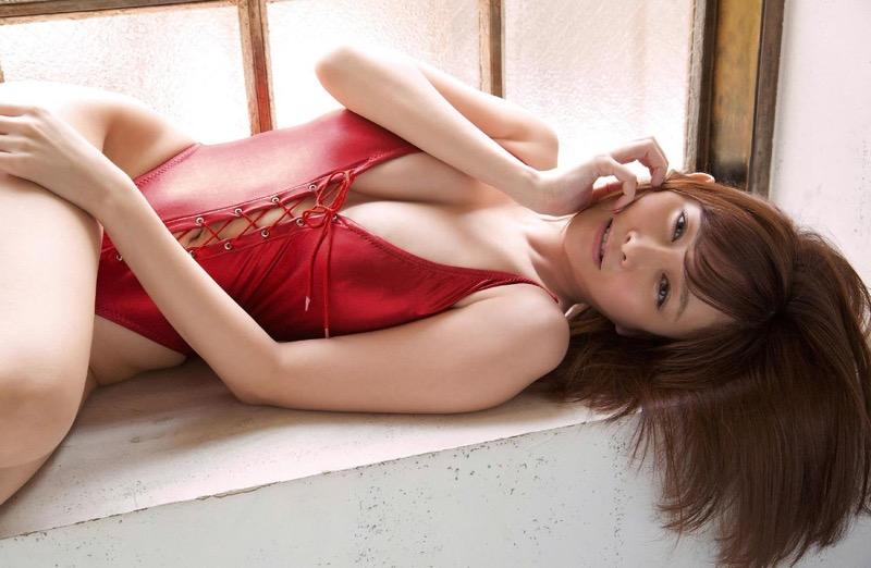 【杉原杏璃グラビア画像】美熟女グラドルが気になる部分の改善にこんにゃくを使っているとかw 72