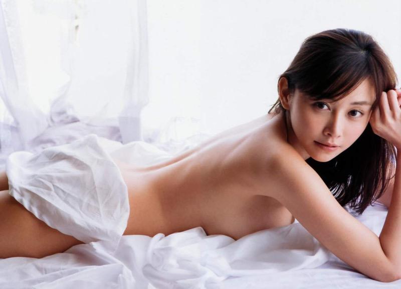 【杉原杏璃グラビア画像】美熟女グラドルが気になる部分の改善にこんにゃくを使っているとかw 78