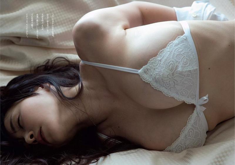 【杉原杏璃グラビア画像】美熟女グラドルが気になる部分の改善にこんにゃくを使っているとかw 80