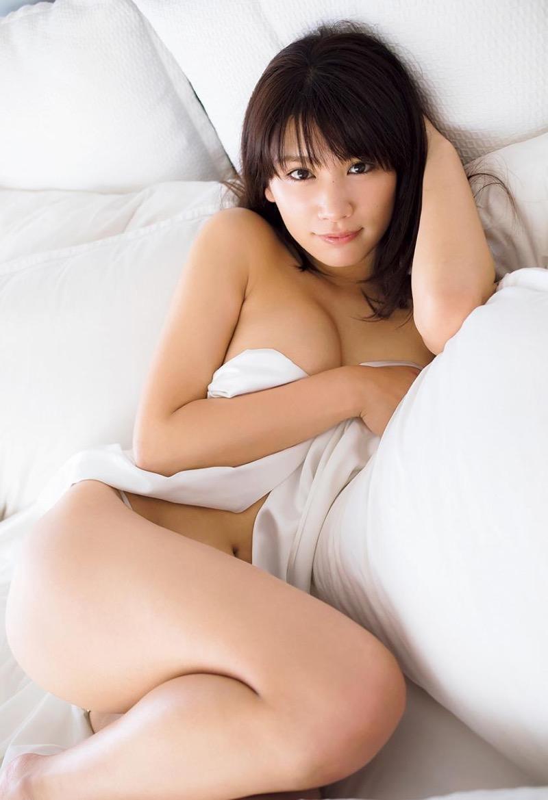 【久松郁実グラビア画像】ファッションモデルしてるだけじゃ勿体無い激エロFカップ巨乳美女! 09