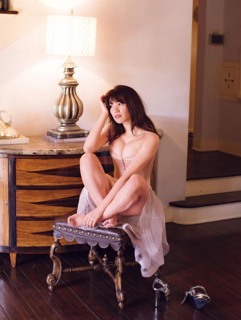 【久松郁実グラビア画像】ファッションモデルしてるだけじゃ勿体無い激エロFカップ巨乳美女! 42