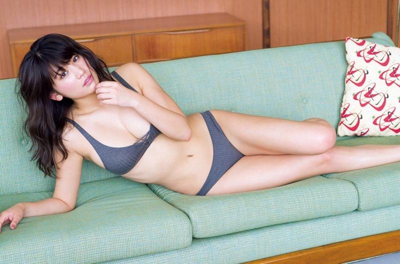【久松郁実グラビア画像】ファッションモデルしてるだけじゃ勿体無い激エロFカップ巨乳美女! 70