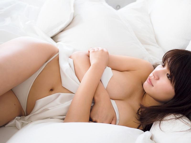 【久松郁実グラビア画像】ファッションモデルしてるだけじゃ勿体無い激エロFカップ巨乳美女! 78