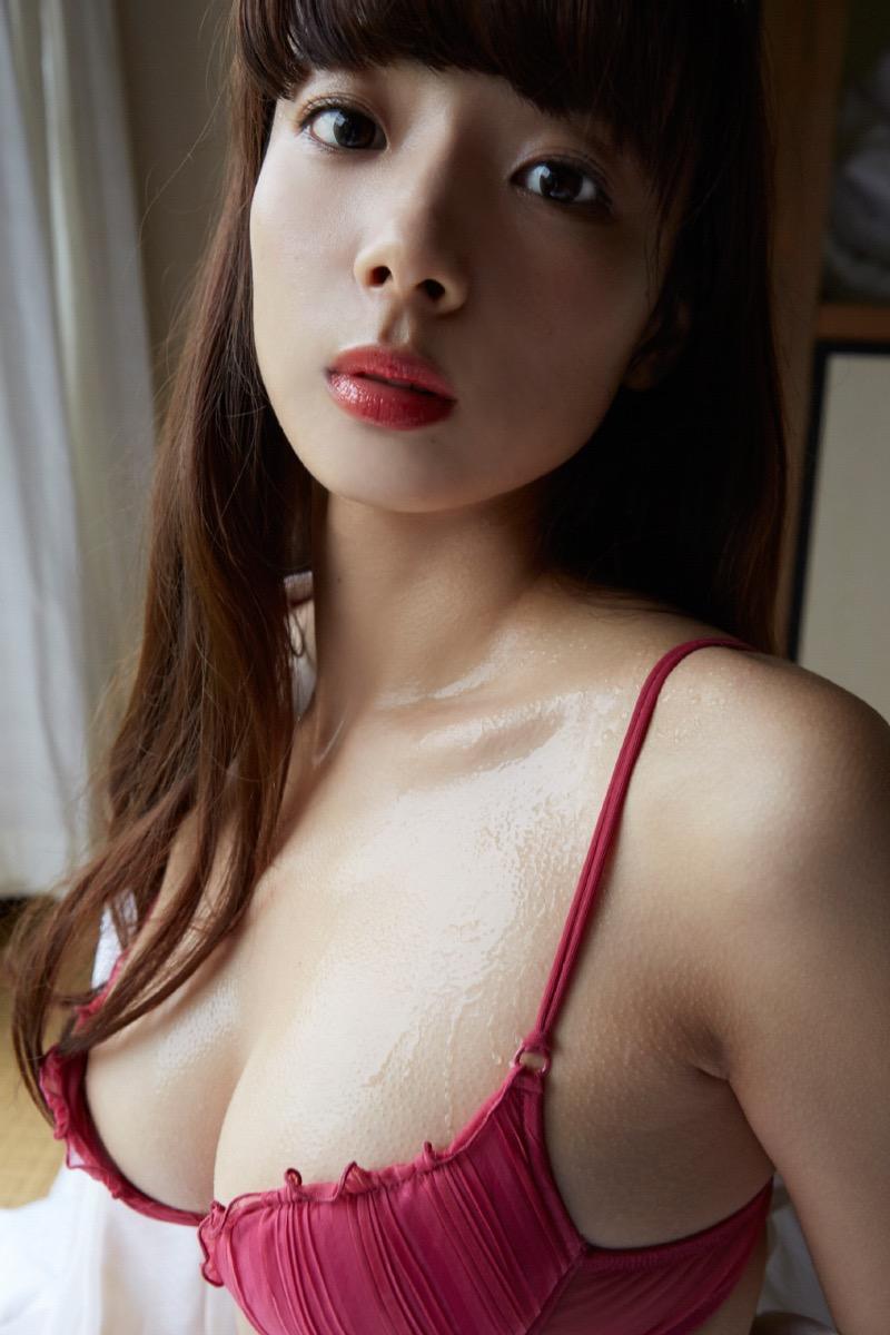 【岡田紗佳グラビア画像】日中ハーフで女流プロ雀士グラドルが役満ボディって呼ばれるとかwww 38