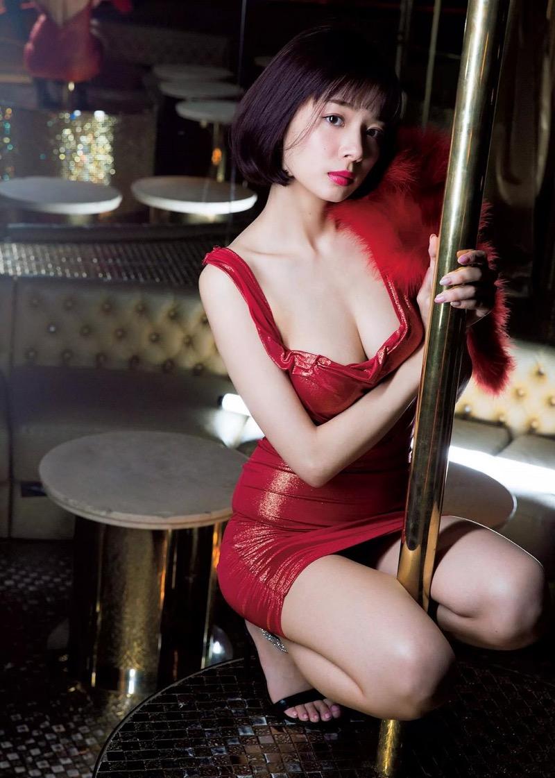 【岡田紗佳グラビア画像】日中ハーフで女流プロ雀士グラドルが役満ボディって呼ばれるとかwww 70