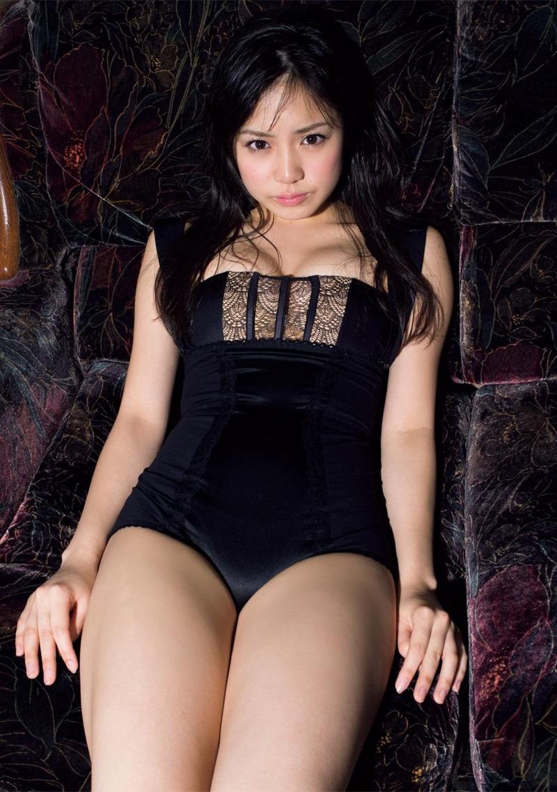 【奥仲麻琴グラビア画像】いくつになっても可愛らしい童顔美少女のちょっとエッチなビキニ姿! 63