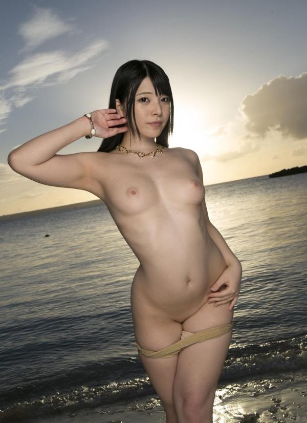 【上原亜衣グラビア画像】AV女優を3年前に引退した亜衣ちゃんが復帰したってマジかwww 17