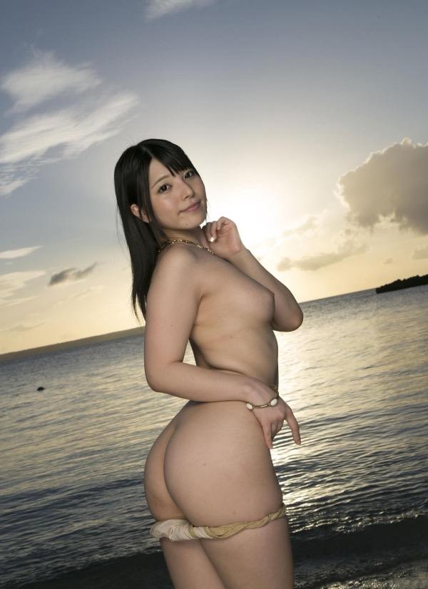 【上原亜衣グラビア画像】AV女優を3年前に引退した亜衣ちゃんが復帰したってマジかwww 18