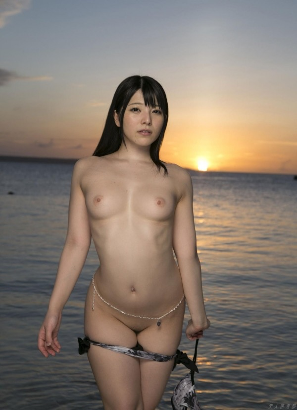 【上原亜衣グラビア画像】AV女優を3年前に引退した亜衣ちゃんが復帰したってマジかwww 24