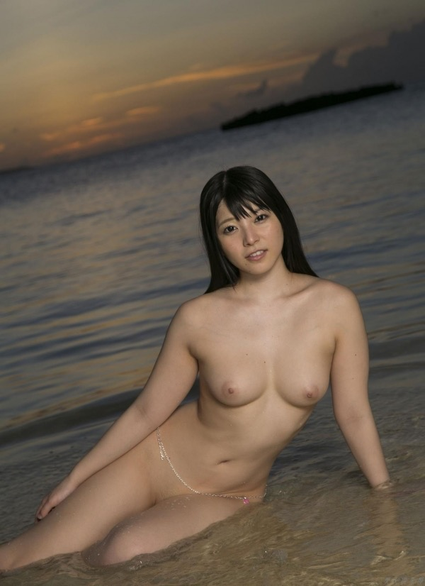 【上原亜衣グラビア画像】AV女優を3年前に引退した亜衣ちゃんが復帰したってマジかwww 25