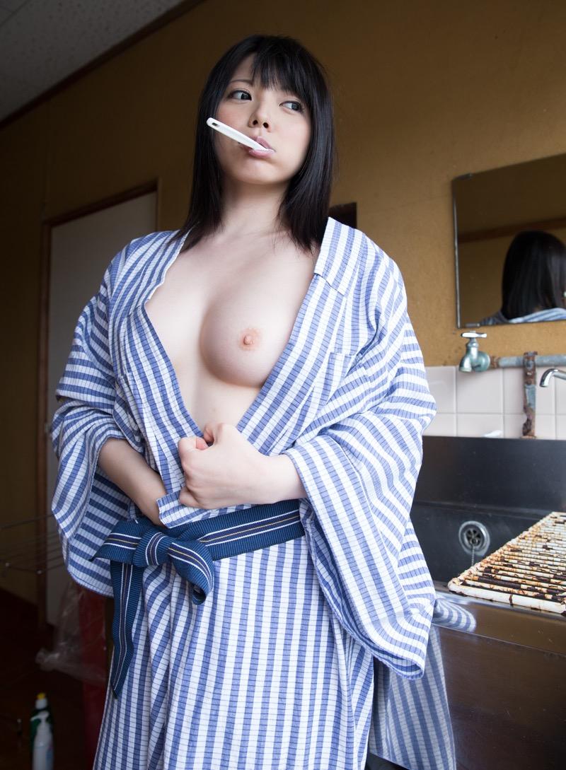 【上原亜衣グラビア画像】AV女優を3年前に引退した亜衣ちゃんが復帰したってマジかwww 44