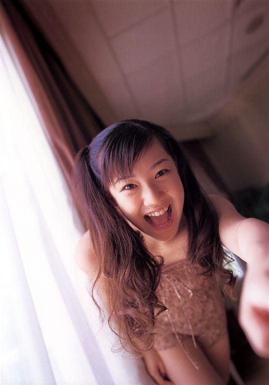 【蒼井優エロ画像】南海キャンディーズの山ちゃんと交際期間わずか2ヶ月で結婚したとかwwww 23