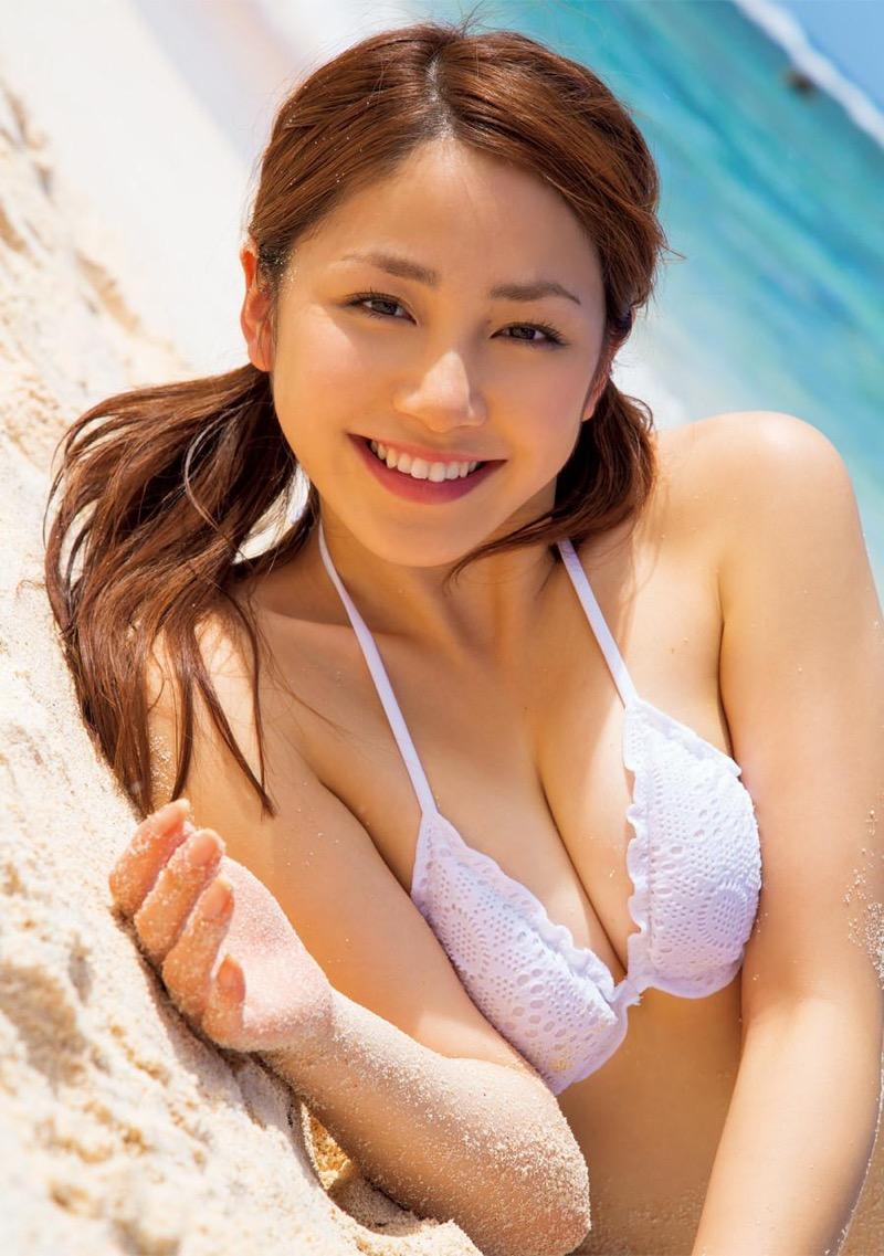 【吉川友グラビア画像】綺麗なお姉さんのエッチな谷間に埋まりたくなるグラビア水着画像 63