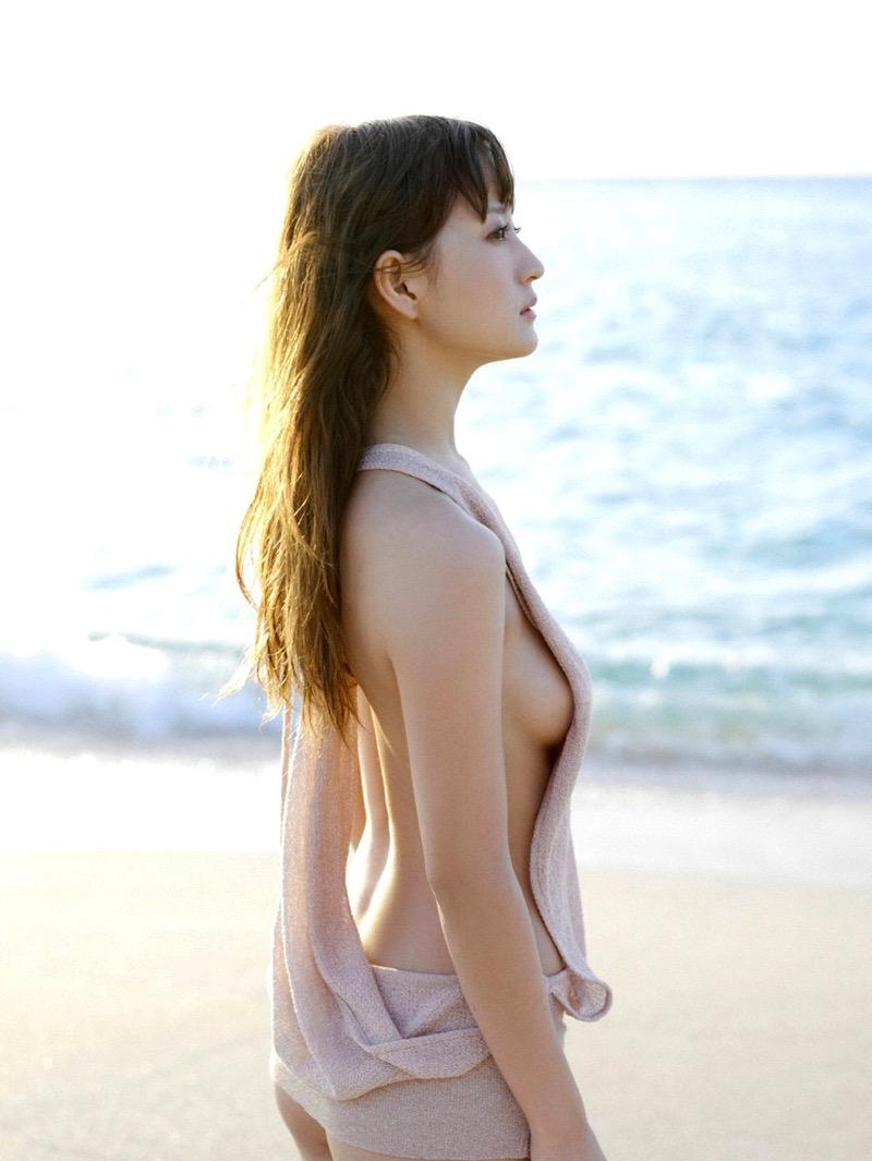 【小松彩夏グラビア画像】実写版美少女戦士セーラーヴィーナス役でデビューしたグラビアアイドル 55
