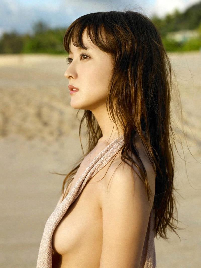 【小松彩夏グラビア画像】実写版美少女戦士セーラーヴィーナス役でデビューしたグラビアアイドル 56