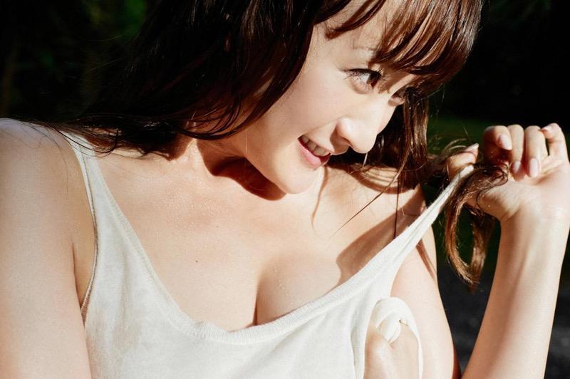 【小松彩夏グラビア画像】実写版美少女戦士セーラーヴィーナス役でデビューしたグラビアアイドル 78