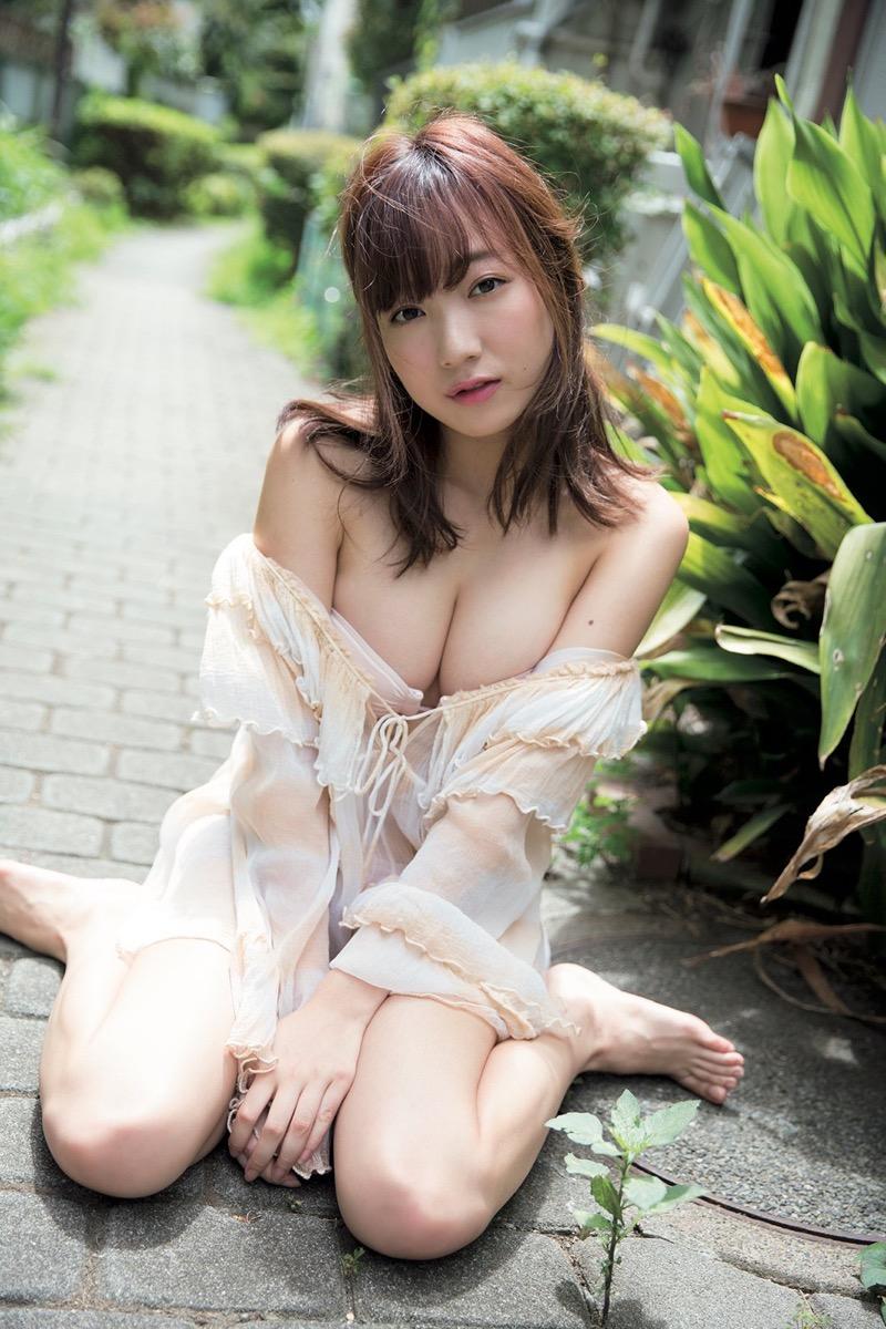 【京佳エロ画像】可愛い顔して脱ぐと飛び出す激エロFカップおっぱいがめちゃシコな美少女! 74