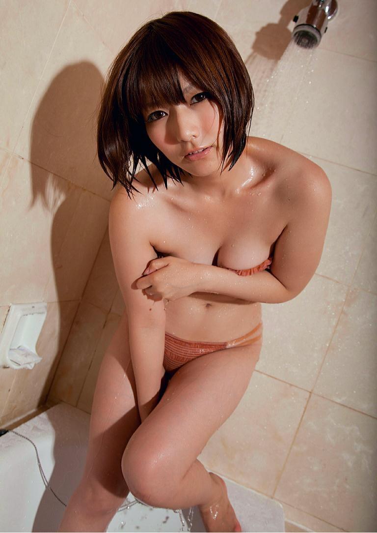 【京本有加グラビア画像】切れ長の目線がセクシーなグラビアアイドルがイケメン過ぎたwwww 33