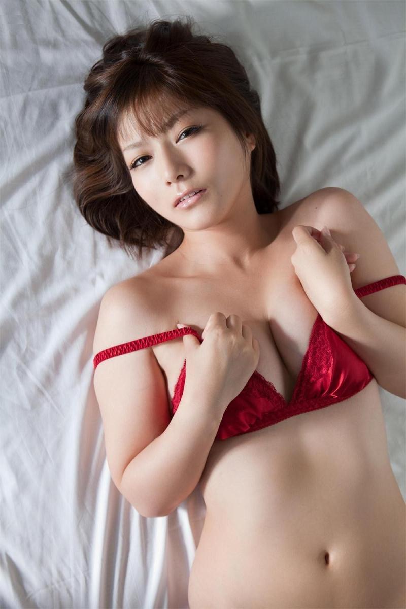 【京本有加グラビア画像】切れ長の目線がセクシーなグラビアアイドルがイケメン過ぎたwwww 62