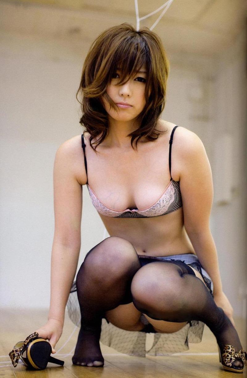 【京本有加グラビア画像】切れ長の目線がセクシーなグラビアアイドルがイケメン過ぎたwwww 69