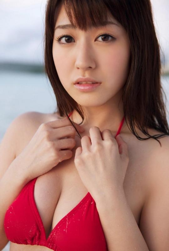 【黒田有彩グラビア画像】リケジョで売り込む必要がないくらいエロいFカップ巨乳タレント 03