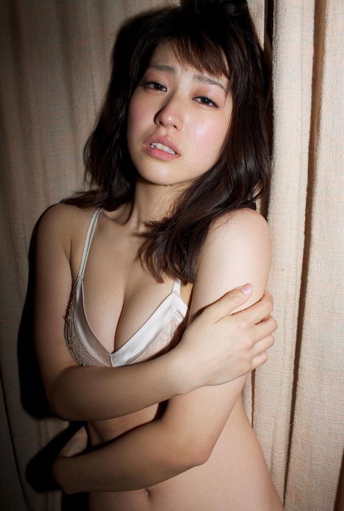 【黒田有彩グラビア画像】リケジョで売り込む必要がないくらいエロいFカップ巨乳タレント 08