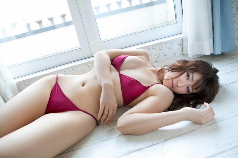 【黒田有彩グラビア画像】リケジョで売り込む必要がないくらいエロいFカップ巨乳タレント 77