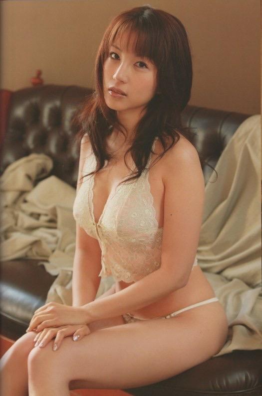 【庄司ゆうこエロ画像】AV寸前なアダルトイメージビデオで陰毛まで曝け出すFカップ巨乳グラドル 11