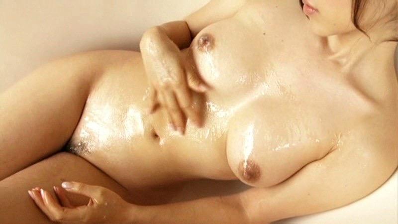 【庄司ゆうこエロ画像】AV寸前なアダルトイメージビデオで陰毛まで曝け出すFカップ巨乳グラドル 30