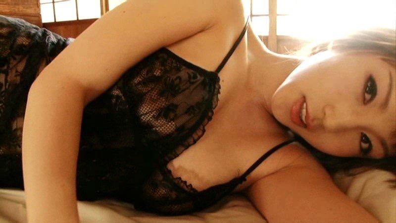 【庄司ゆうこエロ画像】AV寸前なアダルトイメージビデオで陰毛まで曝け出すFカップ巨乳グラドル 37