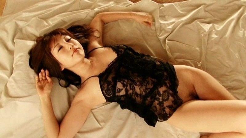 【庄司ゆうこエロ画像】AV寸前なアダルトイメージビデオで陰毛まで曝け出すFカップ巨乳グラドル 48