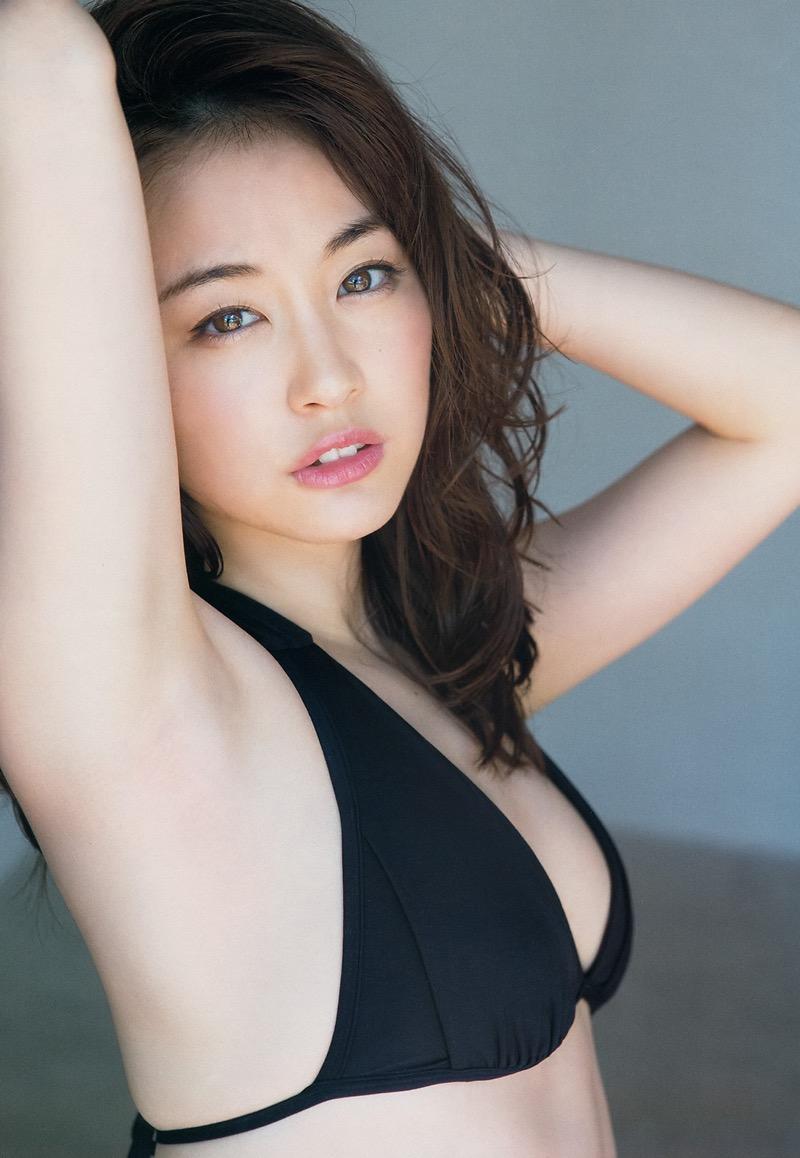【女子アナ水着画像】本業以外で注目されてしまう美人女子アナの水着姿がグラドルレベルwwww 45