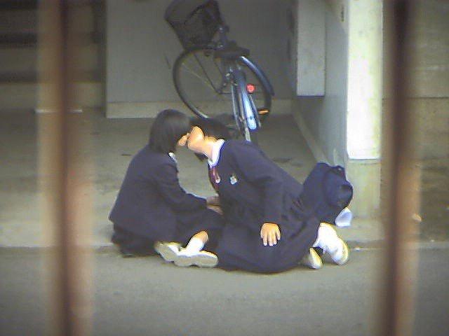 【レズエロ画像】女性同士で愛し合って唇や性器を重ね合う百合カップルのセックス画像 63