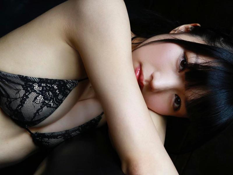 【白河優菜エロ画像】ぱっちりした大きな瞳が可愛らしい童顔系美少女グラドルのビキニ画像 75