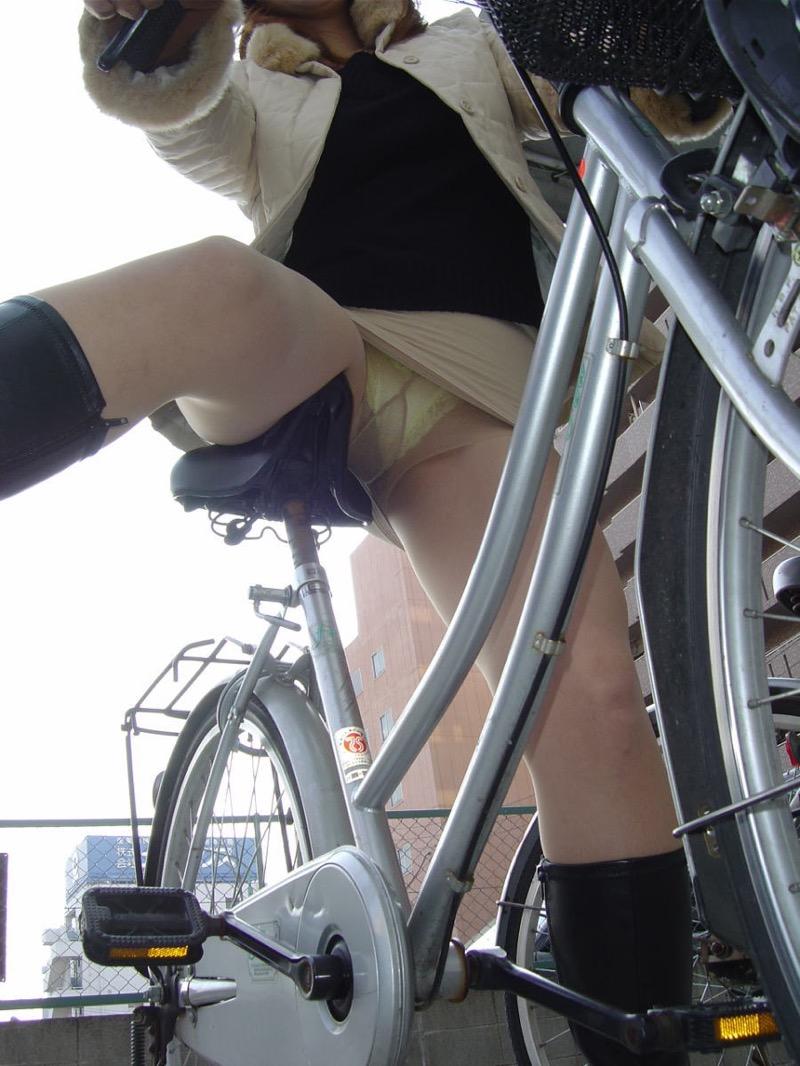 【パンストエロ画像】美脚や美尻にピッタリフィットしているパンティストッキングのフェチ画像 31