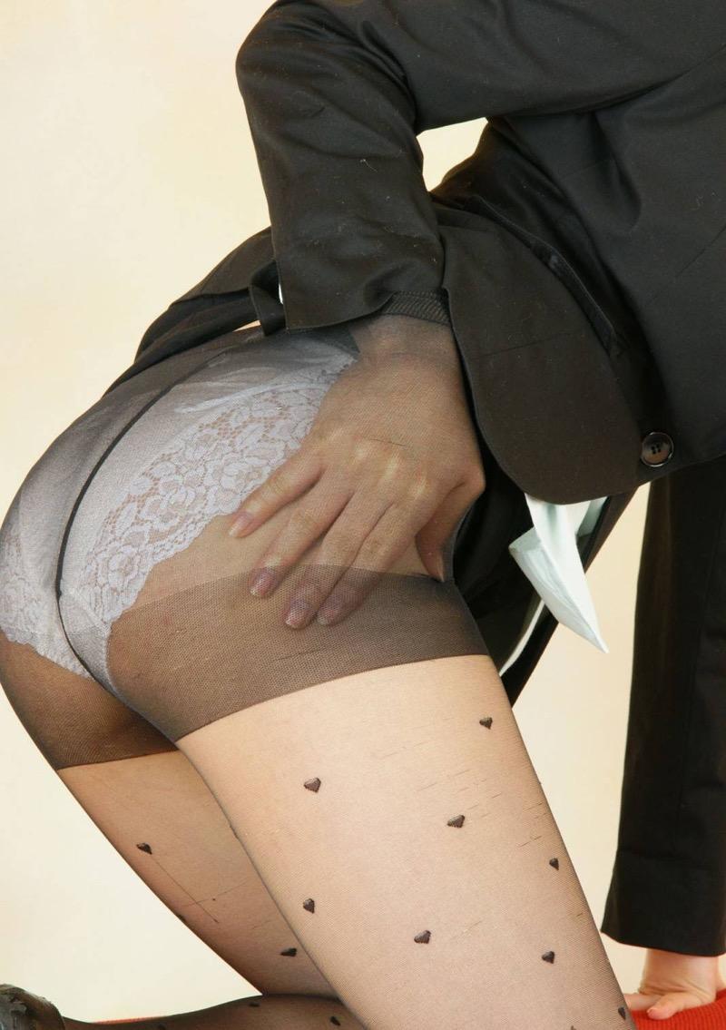 【パンストエロ画像】美脚や美尻にピッタリフィットしているパンティストッキングのフェチ画像 43