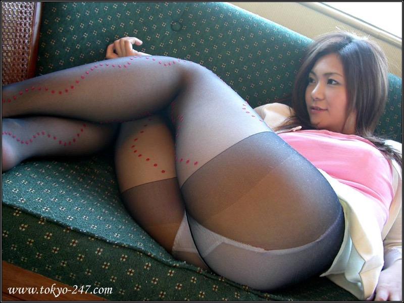 【パンストエロ画像】美脚や美尻にピッタリフィットしているパンティストッキングのフェチ画像 64
