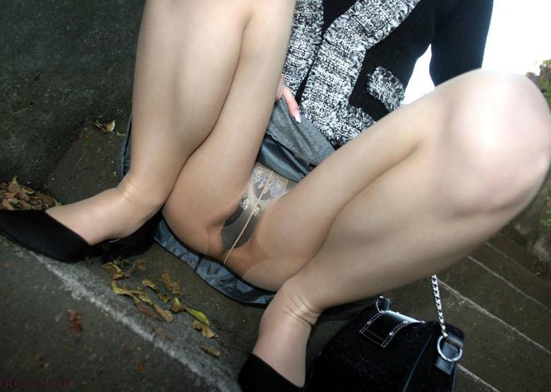 【パンストエロ画像】美脚や美尻にピッタリフィットしているパンティストッキングのフェチ画像 76