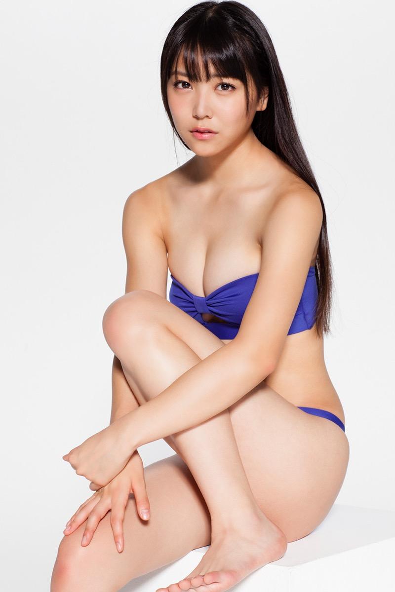 【白間美瑠グラビア画像】グラドルにも負けない綺麗でエッチな美乳ボディのNMB48アイドル! 32