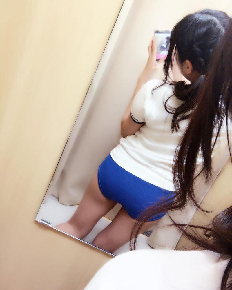【ブルマエロ画像】下半身に密着したブルマを穿いて自撮りやオナニーしちゃうドスケベ娘! 32