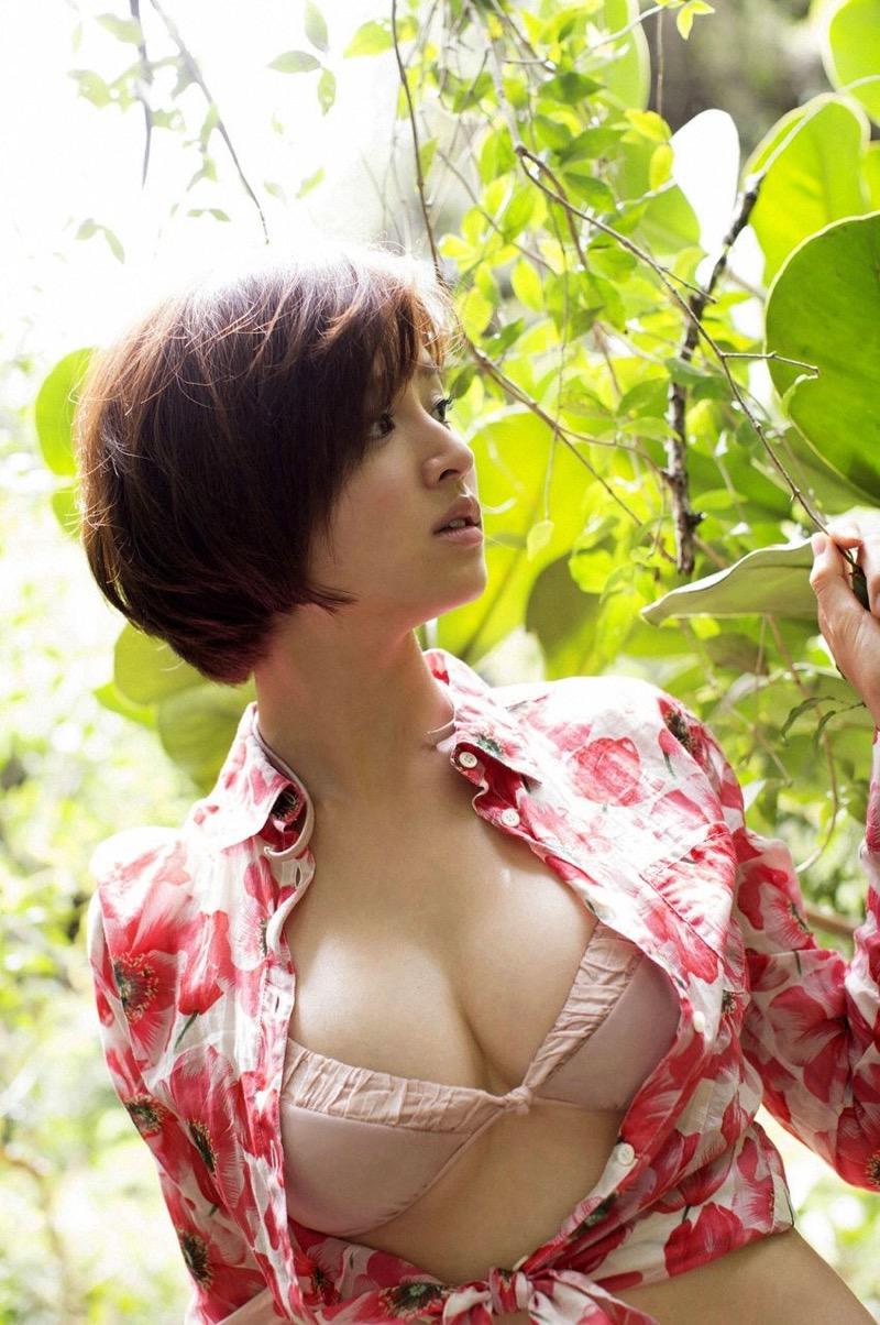 【鈴木ちなみビキニ画像】美人ファッションモデルのグラドルにも負けないセクシーなエロ水着姿 50